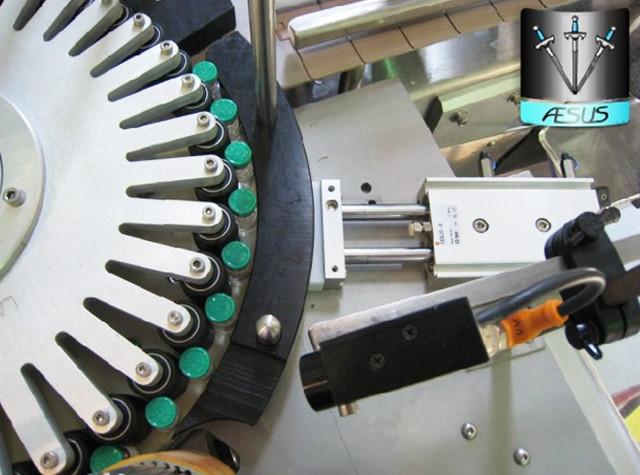 Automatiske brugerdefinerede koniske flasker spidse containere Roterende mærkning maskindetaljer