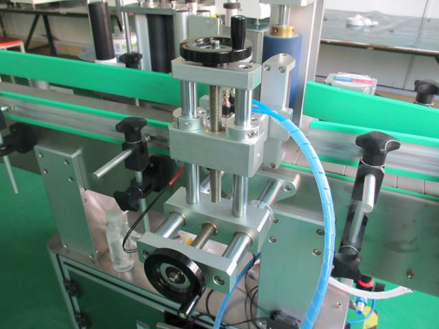 Automatiske lodrette runde metaldåser Mærkeudstyr Maskindetaljer